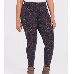 NWT torrid size 3 mandala leggings